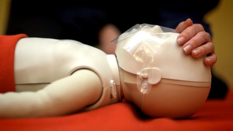 Hjärt- och lungräddning för spädbarn – du kan rädda liv
