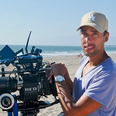 Glimmer film söker synopsis för långfilm
