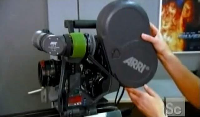 Så tillverkas 35 mm filmkameror