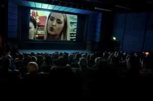 Biograferna i Sverige måste digitaliseras enligt filminstitutet