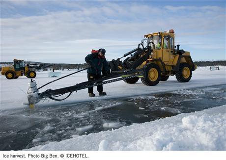Is används som filmduk på Stockholms filmfestival